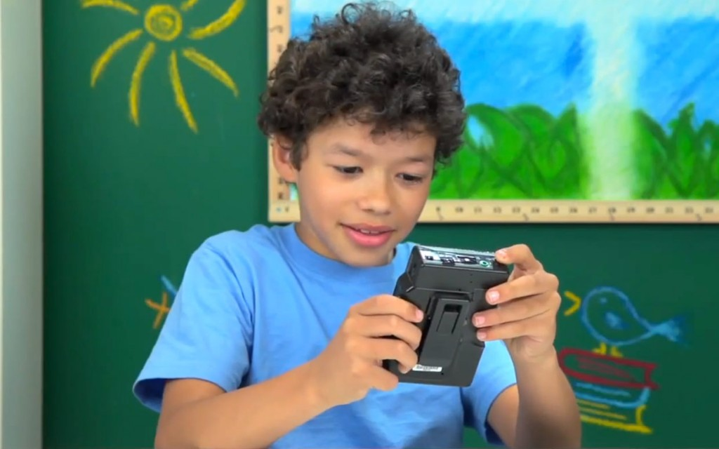 Kids React - Walkman