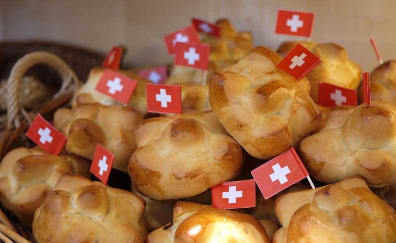 August1-SwissNationalDay-Swiss-DBread-Buns-Augustweggen-02